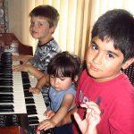 3 kinderen electronorgel